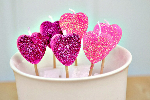 diy-candle-valentines-day-candles